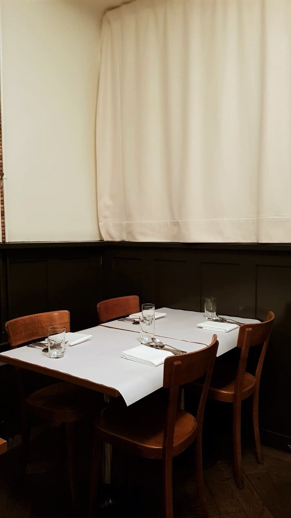 Gamper restaurant Zurich, simple interior