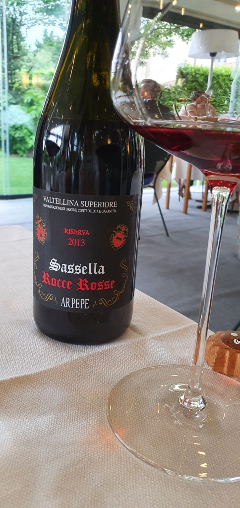 Sassella, Rocce Rosse - Local wine by Arpepe